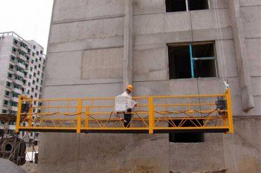 7.5m pritaikytos 800 kg pakabinamos platformos pastatų valymui, kaiščių tipai